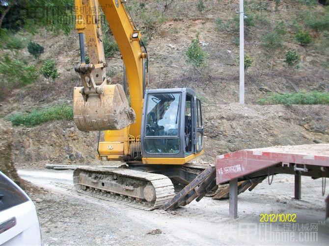 加藤HD512美图 挖掘机图片 -加藤HD512美图