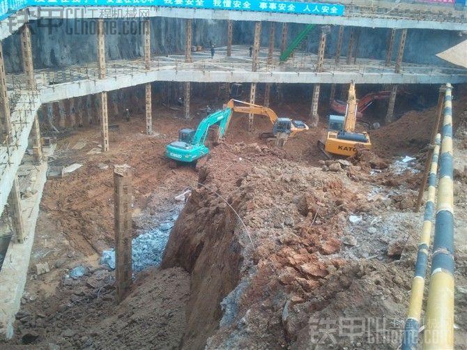 高层基础施工作业