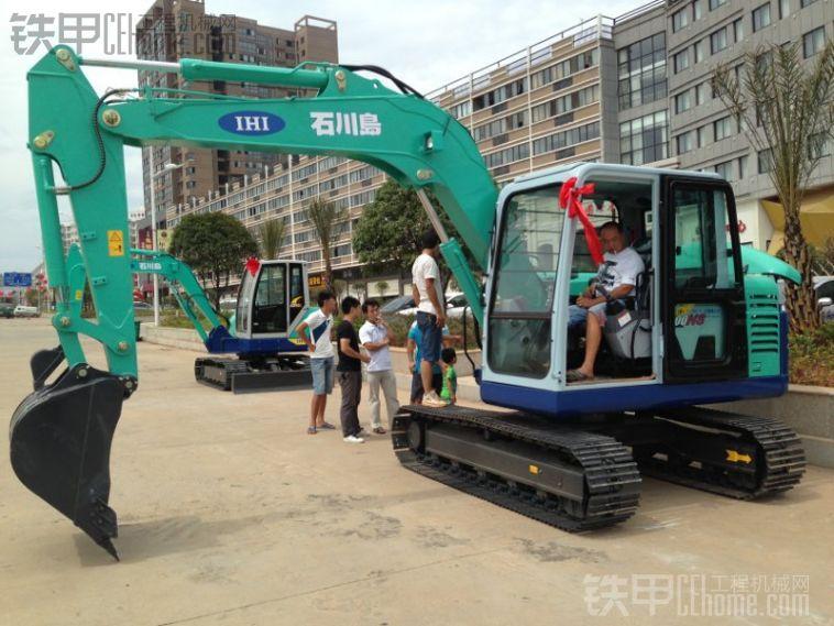 石川岛100ns挖掘机展会--湖南