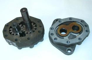 吨挖掘机系列 液压泵的工作原理