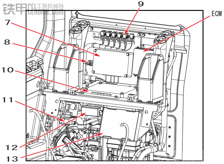 不确定这图片跟你的凯斯470是否一样?如果一样编号12就是保险丝盒