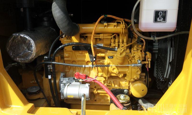 5e挖掘机,卡特306e挖掘 .    306e的发动机,   305.