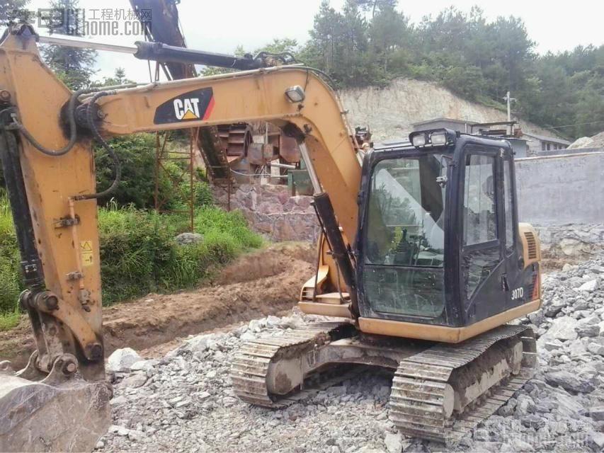 卡特 307D 挖掘机 6000小时 32万 车况一流图片